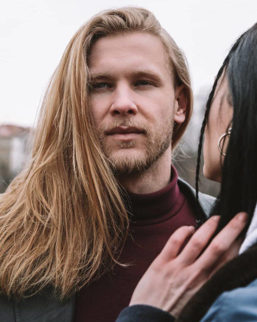 thin medium long hairstyles for men