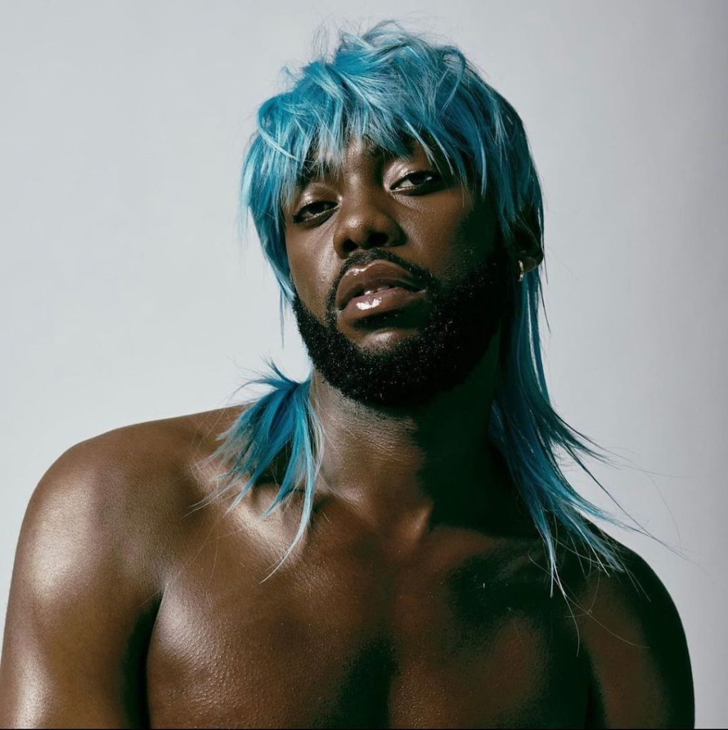shoulder length hair blue mullet