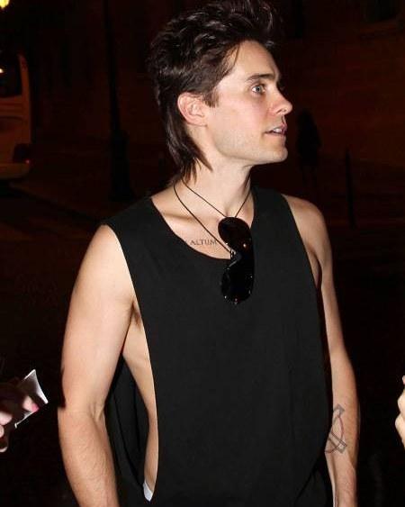 Jared Leto's shoulder length hair mullet