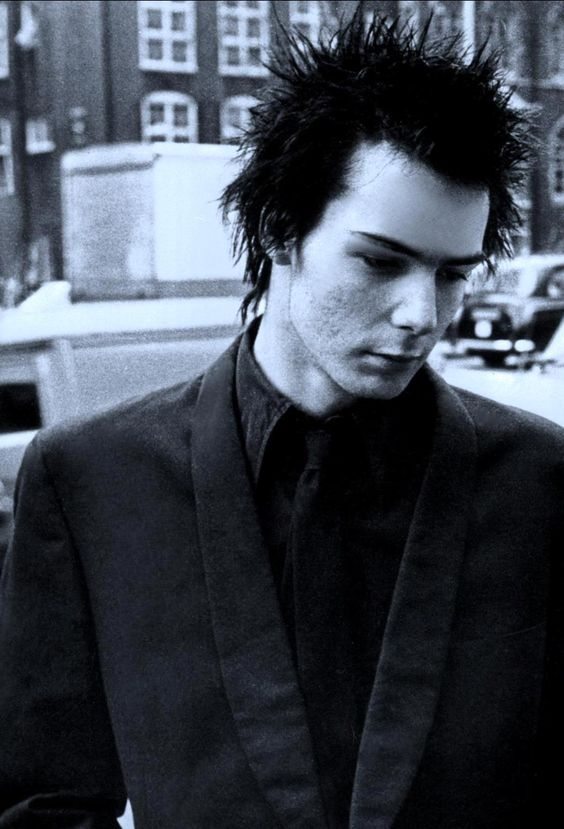 sid vicious punk-hairstyles-for-guys